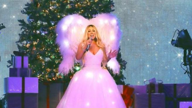 La cantante estadounidense Mariah Carey, durante el concierto que ofreció esta noche en el Palacio de los Deportes de la Comunidad de Madrid.