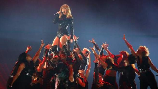 Taylor Swift en el estadio Metlife durante su 'Reputation Stadium Tour' en East Rutherford.