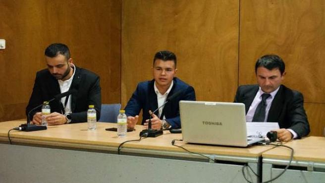Roberto Lifante (centro), CEO de TK Analytics