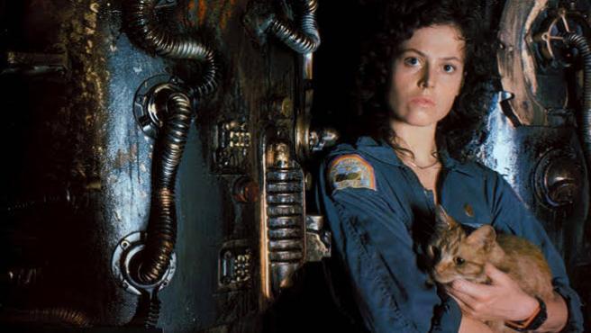 El final de 'Predator' que conectaba con 'Alien' incluía a ¡¡LA TENIENTE RIPLEY!!
