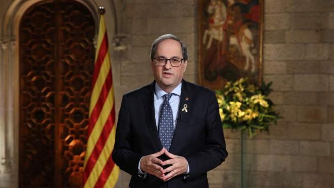 El president, Quim Torra, ha pronunciado su mensaje navideño desde el salón Mare de Déu de Montserrat del Palau de la Generalitat.