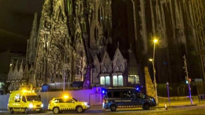 Dispositivo de seguridad alrededor de la Sagrada Familia, en Barcelona.