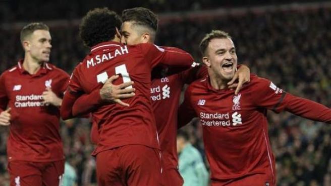 El Liverpool celebra un gol.