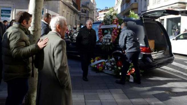 El actor Cesáreo Estébanez, el sargento Romerales de 'Farmacia de guardia', ha sido homenajeado en la iglesia de San Lázaro de Palencia. Falleció el domingo 30 a los 77 años en Alcalá de Guadaíra (Sevilla).