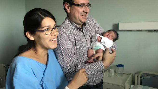 Carolina María Madrona Quispe ha nacido a las 0.00 horas del 1 de enero.