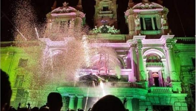 Fiesta de Nochevieja en la Plaza del Ayuntamiento de València