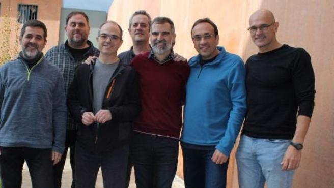 Dirigentes independentistas encarcelados en el centro penitenciario de Lledoners.