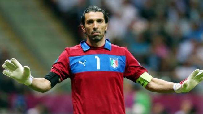 El portero y capitán de la selección italiana, Gianluigi Buffon, durante la Eurocopa 2012.