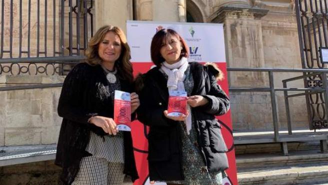 Rosario Morales de Coca y Clara Gutiérrez