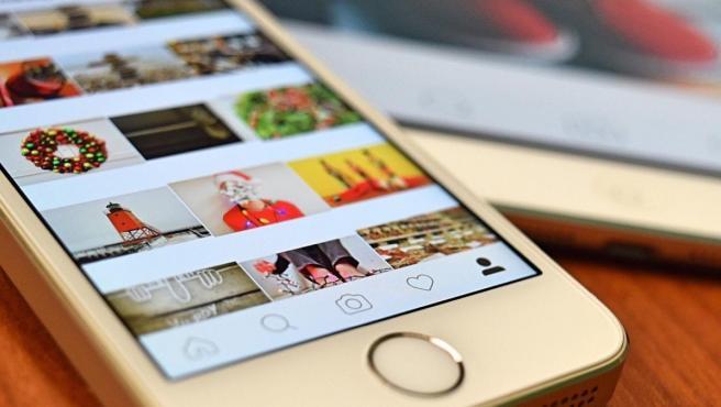La aplicación Instagram abierta en un móvil.