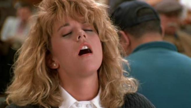 La actriz Meg Ryan finge un orgasmo en la película Cuando Harry encontró a Sally.