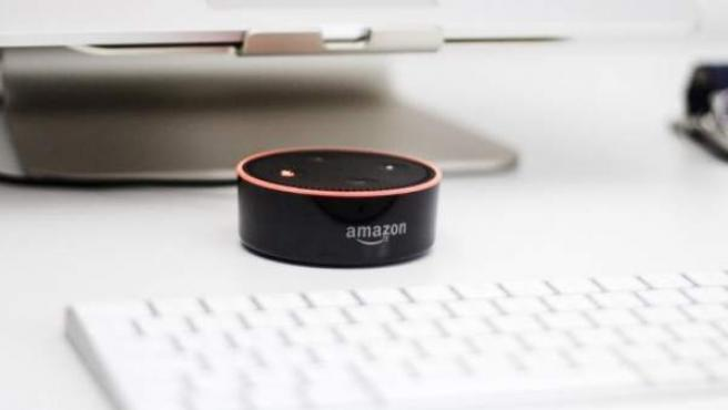 El altavoz inteligente Amazon Echo.