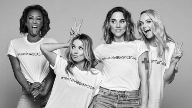 Las Spice Girls se han unido a la asociación Comic Relief para lanzar una camisetas solidarias para mujeres.