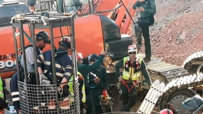 Los mineros a bordo de la cápsula, en una imagen distribuida en redes sociales por el delegado de Gobierno en Andalucía.