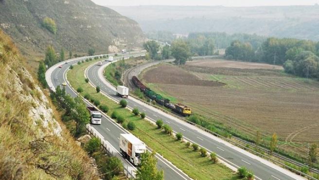 Imagen de archivo de la autopista AP-1 Burgos-Armiñón.