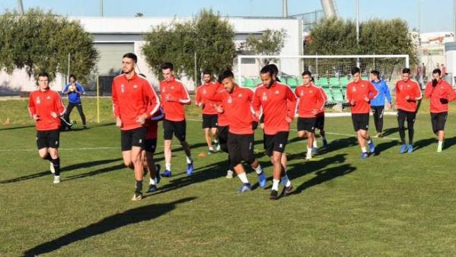 Los jugadores del Reus Deportiu, en un entrenamiento.