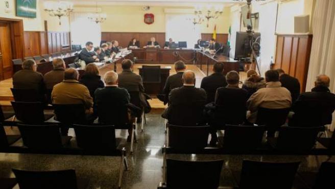 Primera sesión del juicio contra 14 personas por delito societario en Mercasevil