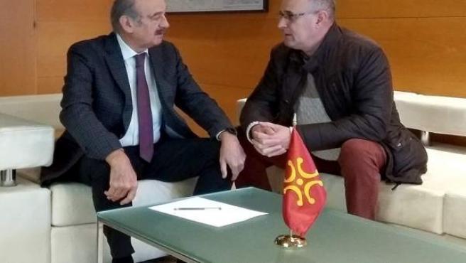 Mazón se reúne con el alcalde de Arredondo