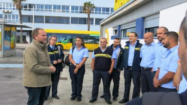 El concejal de Movilidad de Las Palmas de Gran Canaria da la bienvenida a los nu