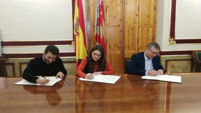 Oltra, Marzà y Climent firman un acuerdo para reconocer la cualificiación de las