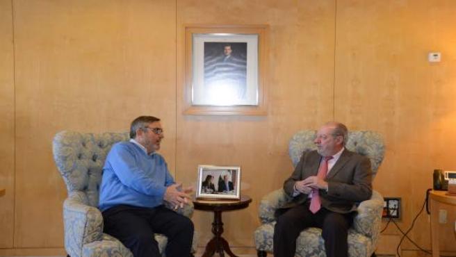 Villalobos se reúne con CCOO, AUGC y UPA