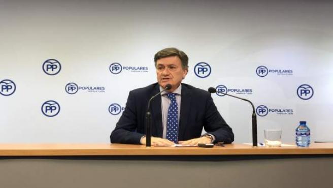 El secretario general del PPCyL, Francisco Vázquez