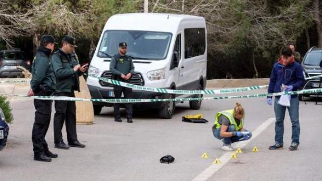 Lugar de la localidad de Sant Josep, en Ibiza, donde una joven mató a puñaladas presuntamente a un hombre tras una discusión provocada por el pinchazo de una rueda.