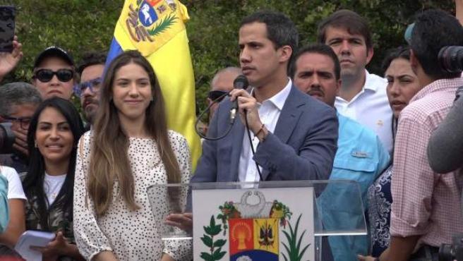 España reconocerá formalmente al autoproclamado presidente de Venezuela, Juan Guaidó.