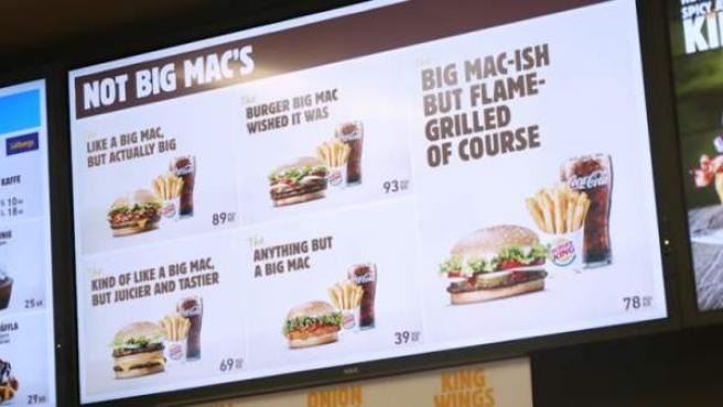 Imagen de la campaña que ha hecho Burger King en Suecia con la palabra Big Mac.