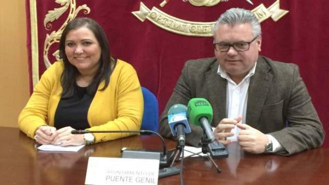 Ana Carrillo y Esteban Morales en rueda de prensa