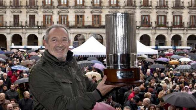 El cocinero Karlos Arguiñano, reconocido por el XVII Congreso Nacional de la Cocina de Autor con el Gorro de Plata.