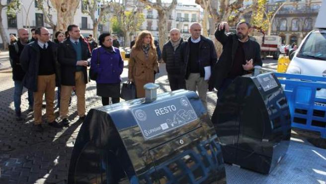 Presentación de los nuevos contenedores soterrados de la Alameda de Hércules