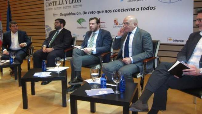 Coloquio sobre despoblación en Valladolid