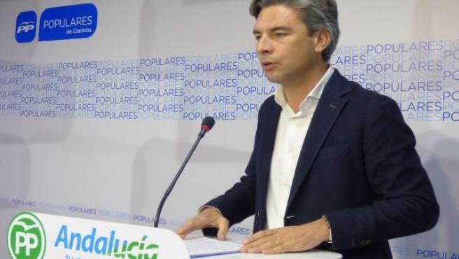 Andrés Lorite en la sede del PP de Córdoba