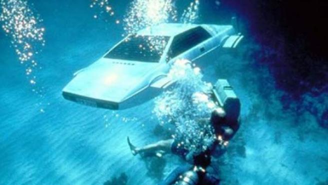 El mítico Lotus Esprit submarino de James Bond en 'La espía que me amó'