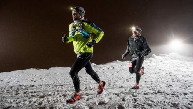 Corredores en la Snow Running de Sierra Nevada