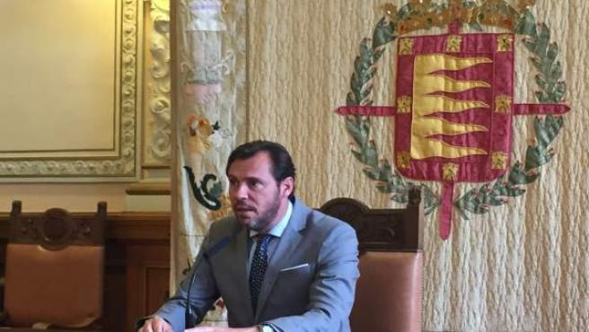 El portavoz de la Ejecutiva Federal del PSOE, Óscar Puente