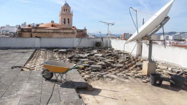 Arrancan Las Obras De Impermeabilización Y Reparación De La Cubierta De La Casa