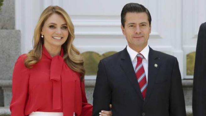 Peña Nieto y Angélica Rivera en una visita al Palacio de la Zarzuela en abril de 2018.
