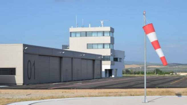 Instalaciones del Centro de Vuelos Experimentales Atlas, de Villacarrillo, en un