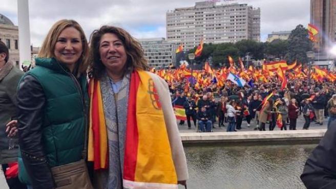 Ana Beltrán y Carmen Alba participan en la concentración de Madrid