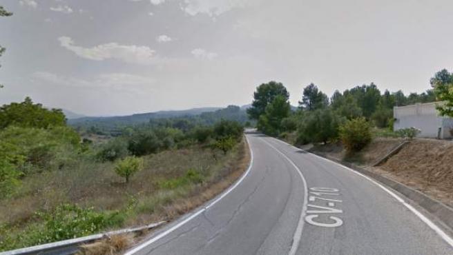 Imagen de la carretera a su paso por el municipio de Planes, en Alicante.
