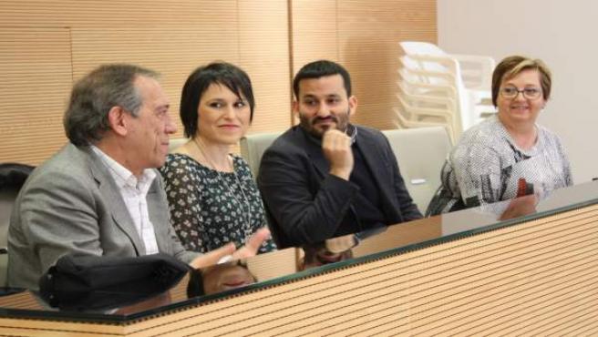 El conseller de Educación, Vicent Marzà, en su visita a Almassora