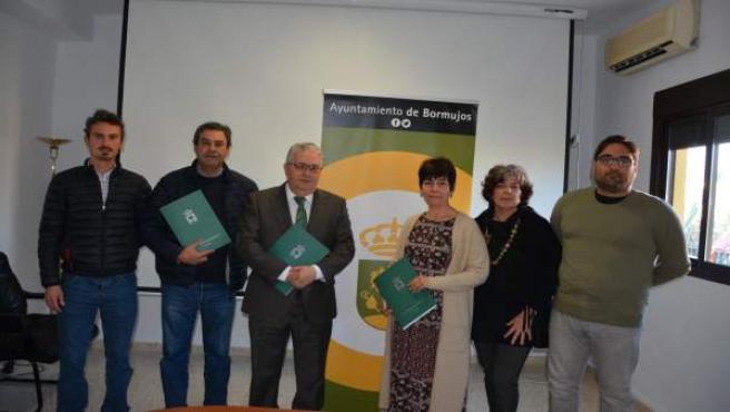 Firma del acuerdo en Bormujos