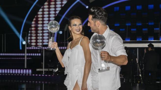 David Bustamante y Yana Olina en la final de 'Bailando con las esterllas'.