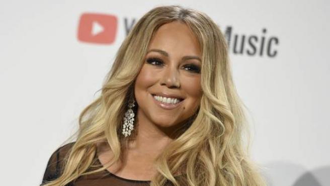 Mariah Carey minutos antes de interpretar el tema 'With You'