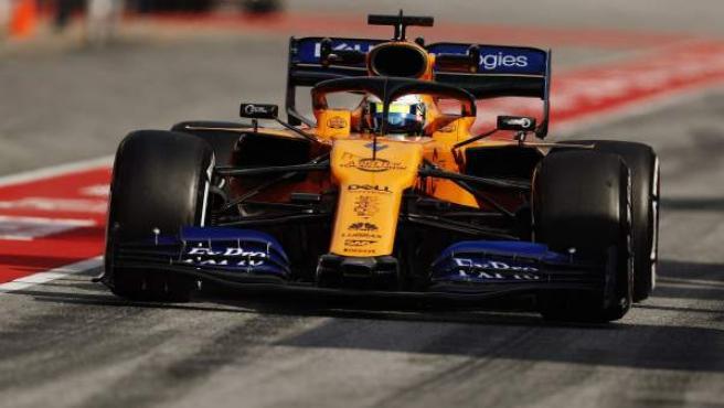 Lando Norris, al volante del McLaren MCL34 durante los test de pretemporada de Fórmula 1.