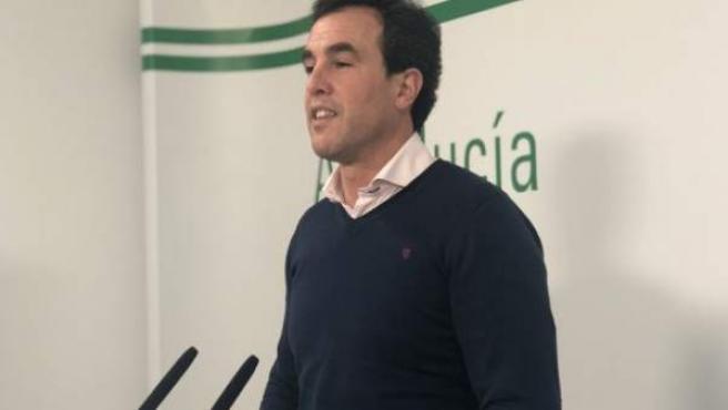 El secretario general del PSOE en Bollullos Par del Condado, Rubén Rodríguez