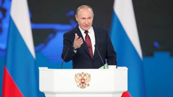 <p>El presidente ruso, Vladimir Putin, presenta su informe anual sobre el estado de la nación, este miércoles, ante el Parlamento en pleno en Moscú (Rusia). </p>