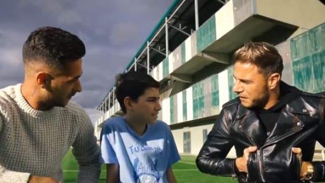 Joaquín y Sergio con el pequeño David